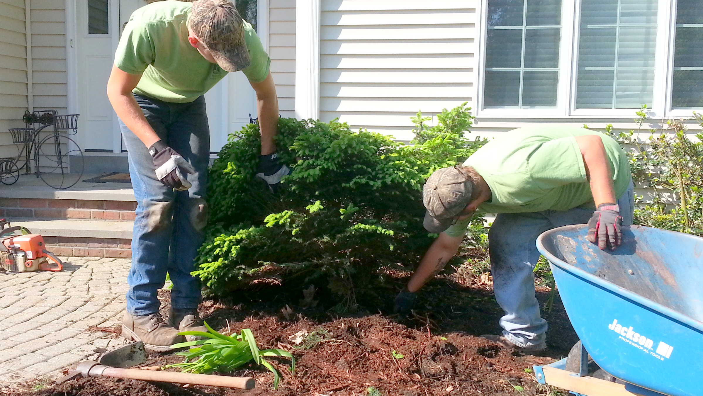 Employment - Work for the Best Landscapers and Hardscape ...